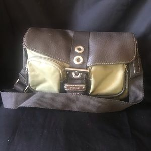 Mondani New York Small Olive Nylon Bag